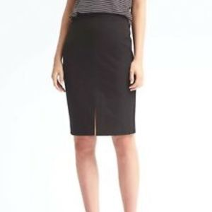 BANANA REPUBLIC PENCIL SKIRT WITH FRONT SLIT
